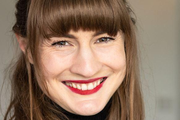 Lucia Osborne-Crowley: I Choose Elena