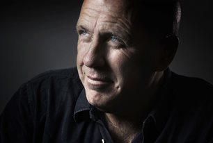 Richard Flanagan: The Living Sea of Waking Dreams